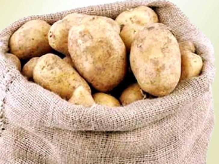 Приснилась картошка в мешках